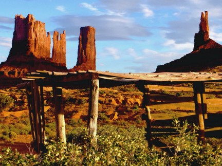 MONTECRISTO Blog: Monument Valley
