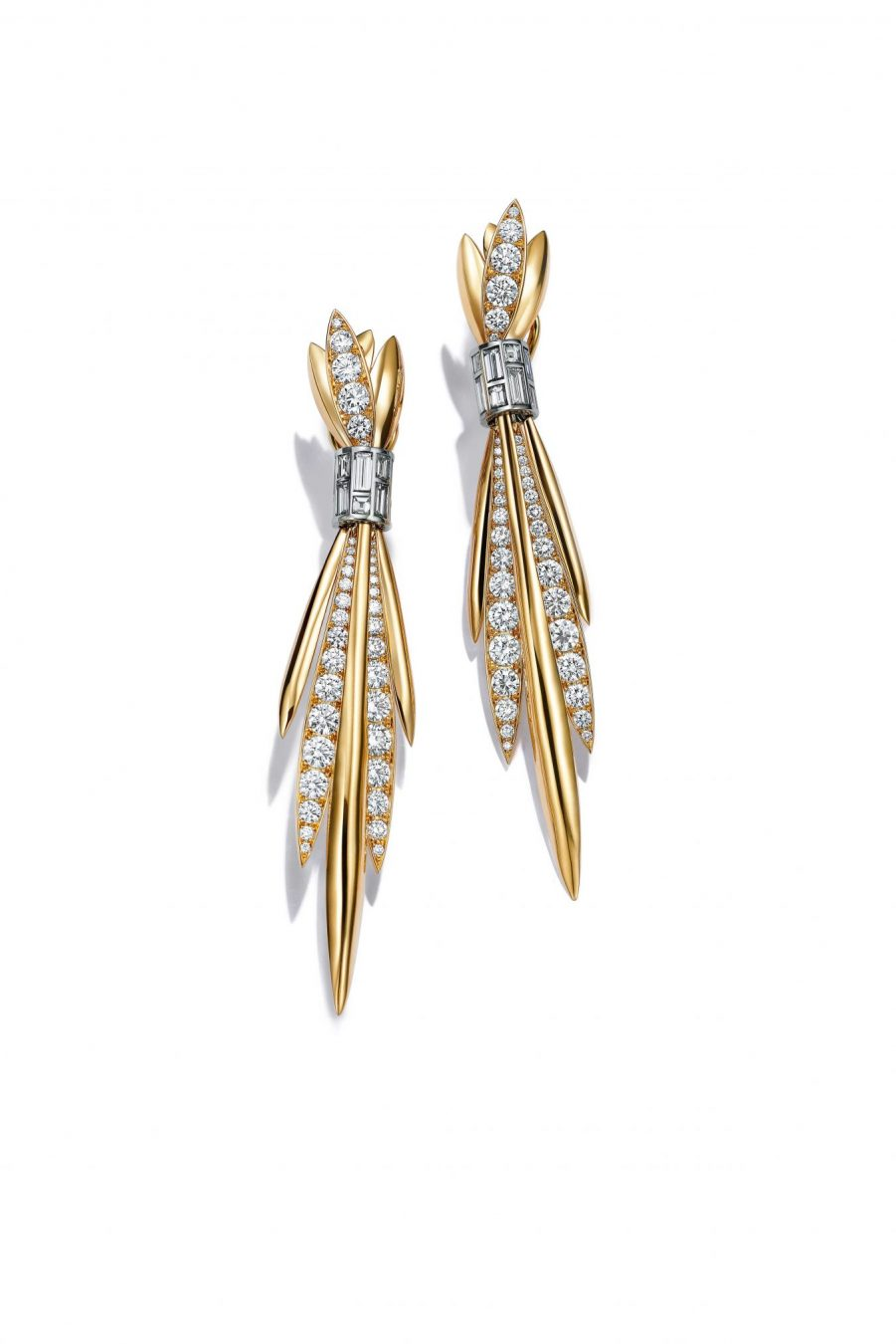 99064a289686 Earrings in platinum and 18k yellow gold with baguette and round brilliant  diamonds