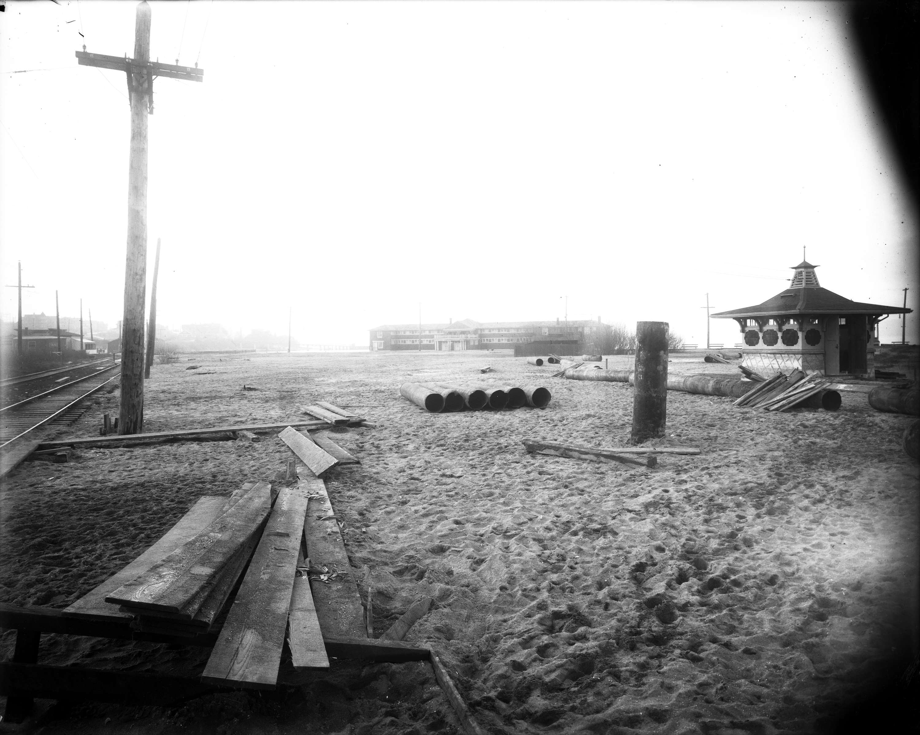 Kits Beach, 1914. City of Vancouver Archives.