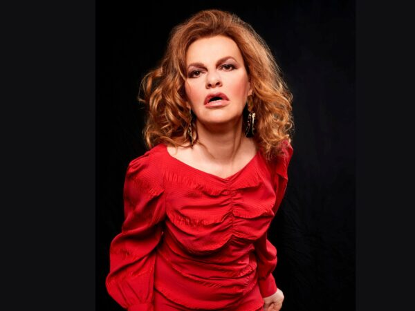 """Why Sandra Bernhard Is a Little Less """"Spiky"""" With Age"""