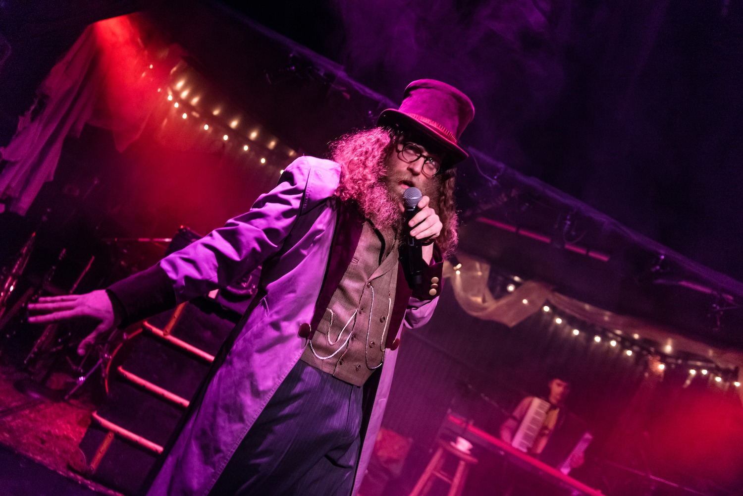 Old Stock: A Refugee Love Story creator and performer Ben Caplan. Photo by Stoo Metz Photography/Courtesy of the Vancouver PuSh Festival.